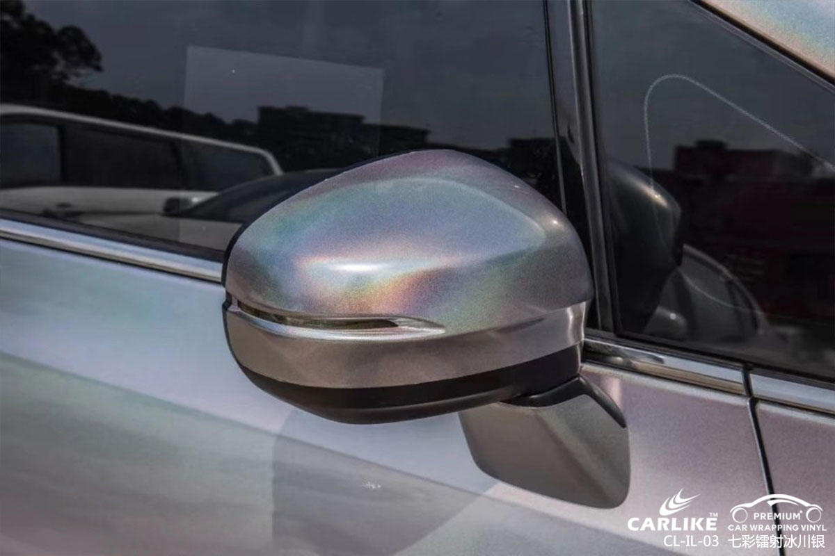 七彩镭射银汽车改色膜贴车效果图