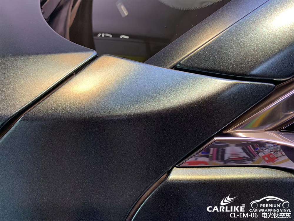 铜仁奥迪_A5车身贴膜电光钛空灰汽车贴膜效果图